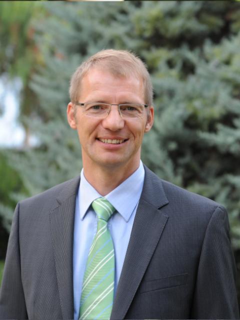 Prof. Markus Maedler